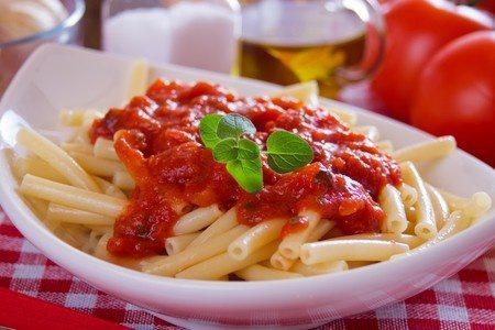 rezept-pasta-tomatensauce-zwiebel