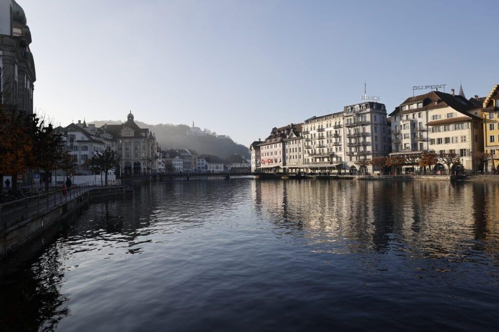 Schöne Fotos Luzern mit Nebel